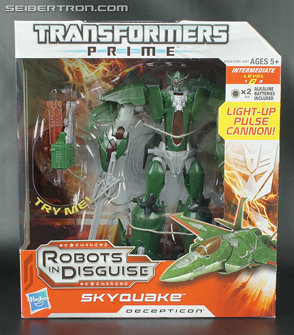 Re: New Transformers Prime Galleries: Voyager Class Dreadwing and Skyquake