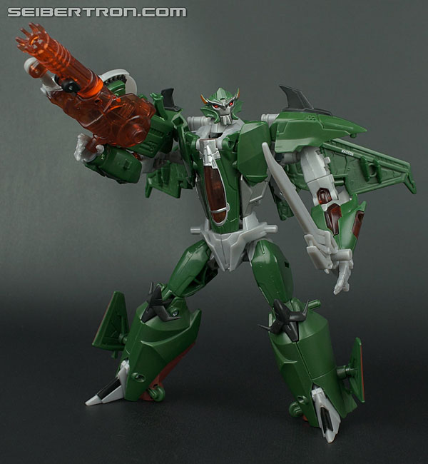 New Transformers Prime Galleries: Voyager Class Dreadwing and Skyquake