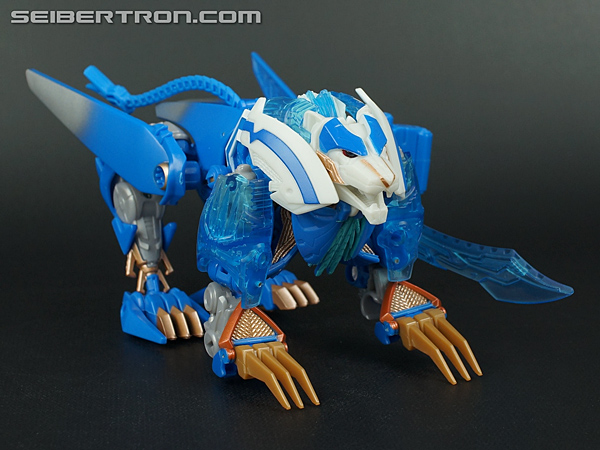 New Galleries: Voyager Thundertron and Ultra Magnus with Cyberverse Ultra Magnus and Skyquake