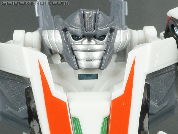 Transformers Prime: Robots In Disguise Wheeljack gallery