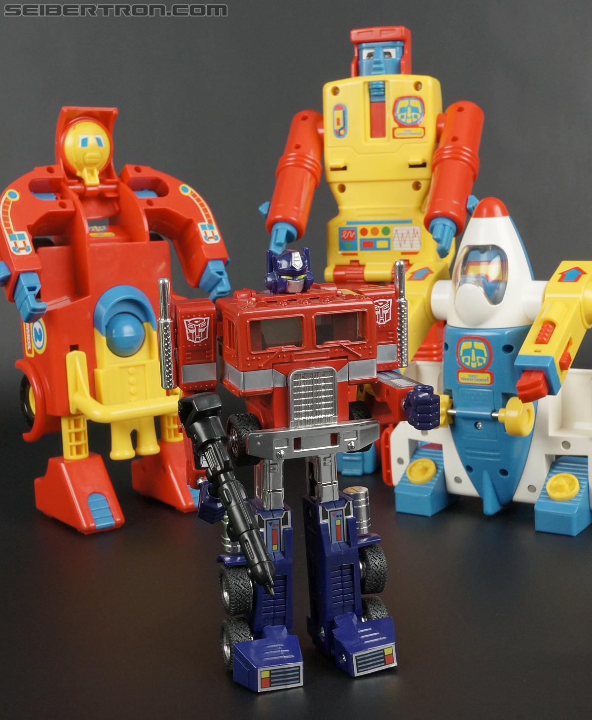First Transformers Dump-Kun (Dump Truck) (Image #59 of 61)