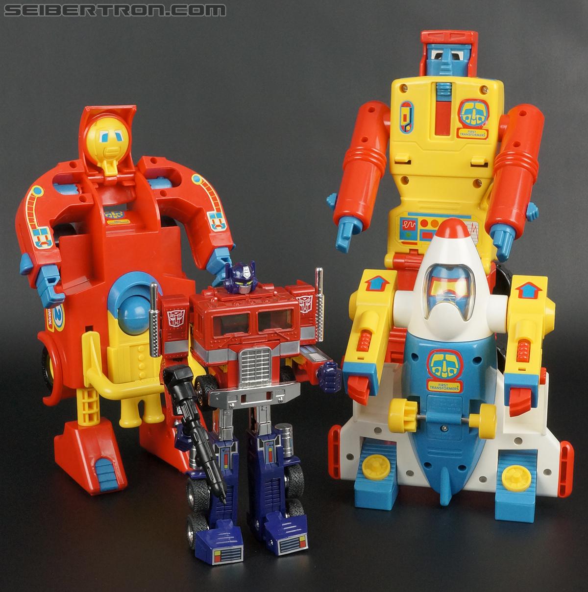 First Transformers Dump-Kun (Dump Truck) (Image #61 of 61)