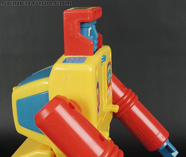 First Transformers Dump-Kun (Dump Truck) (Image #27 of 61)