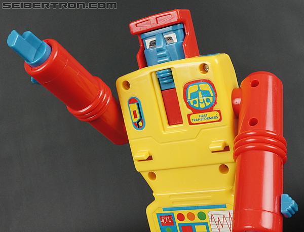 First Transformers Dump-Kun (Dump Truck) (Image #44 of 61)