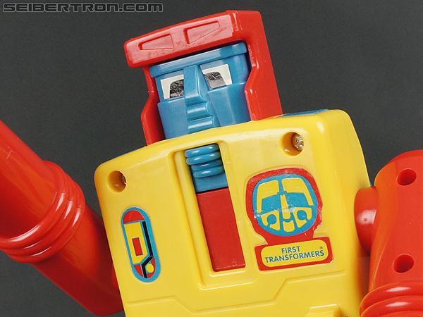 First Transformers Dump-Kun (Dump Truck) (Image #45 of 61)