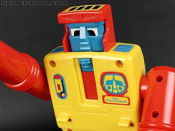 First Transformers Dump-Kun (Dump Truck) (Image #47 of 61)