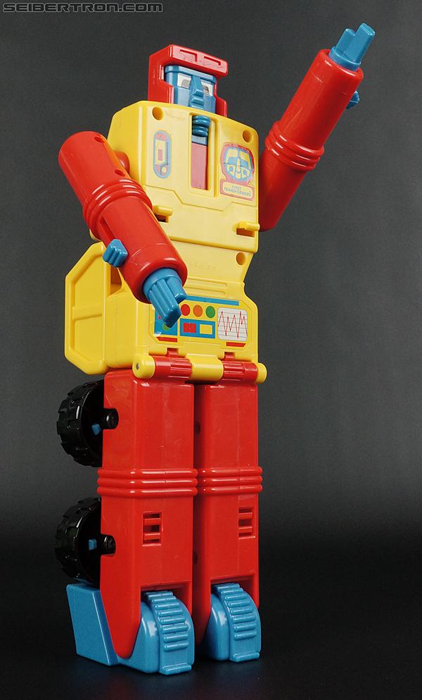 First Transformers Dump-Kun (Dump Truck) (Image #48 of 61)