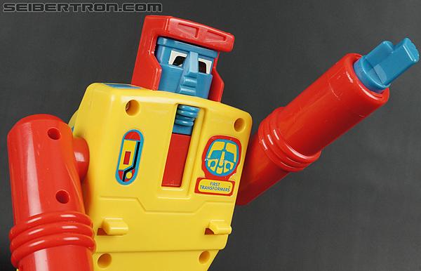 First Transformers Dump-Kun (Dump Truck) (Image #49 of 61)