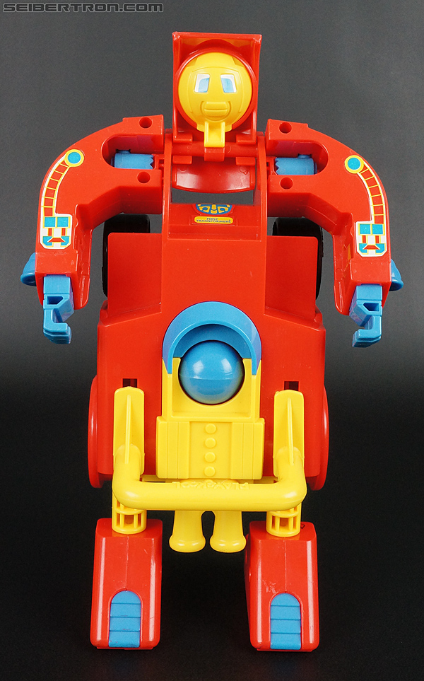 First Transformers Racer-Kun (Race Car) (Image #22 of 61)