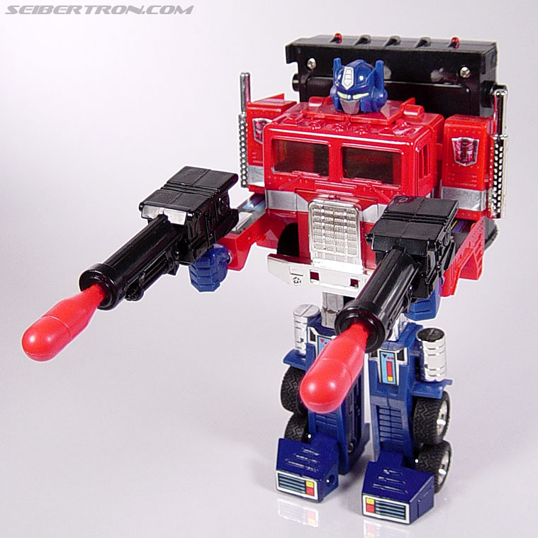 Transformers Generation 2 Optimus Prime (Convoy) (Image #32 of 72)