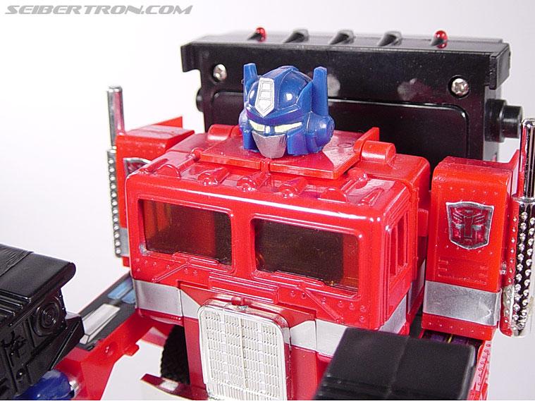 Transformers Generation 2 Optimus Prime (Convoy) (Image #33 of 72)