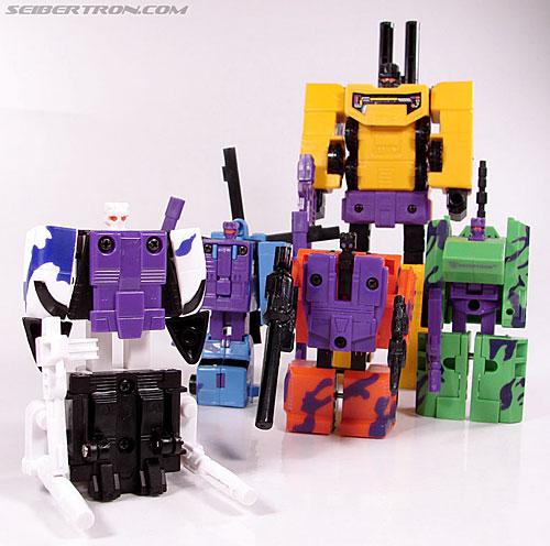 Ces jouets moches qu'on ne peut pas s'empêcher d'aimer R_blastoff093