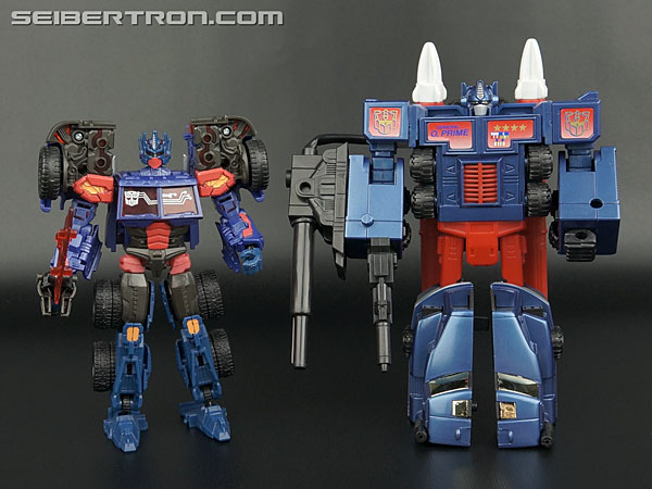 Transformers News: New Galleries: Transformers G2 Combat Hero Optimus Prime and Combat Hero Megatron