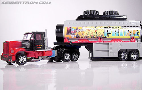 Transformers Generation 2 Laser Optimus Prime (Battle Convoy) (Image #32 of 123)