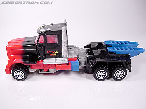 Transformers Generation 2 Laser Optimus Prime (Battle Convoy) (Image #36 of 123)