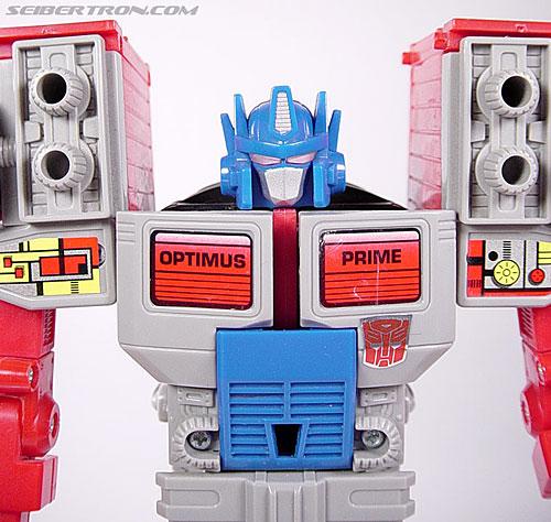 Transformers Generation 2 Laser Optimus Prime (Battle Convoy) (Image #46 of 123)