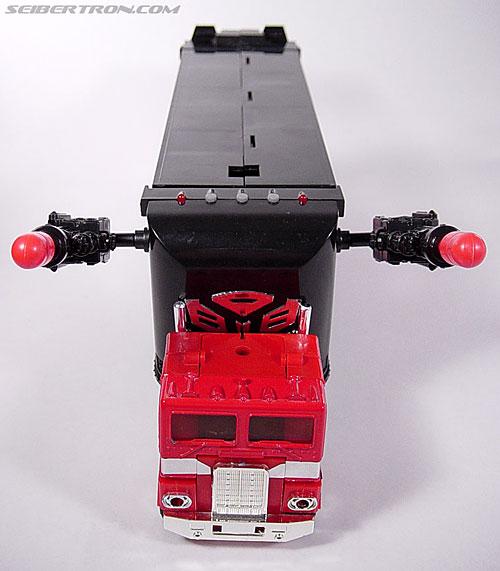 Transformers Generation 2 Optimus Prime (Convoy) (Image #1 of 72)