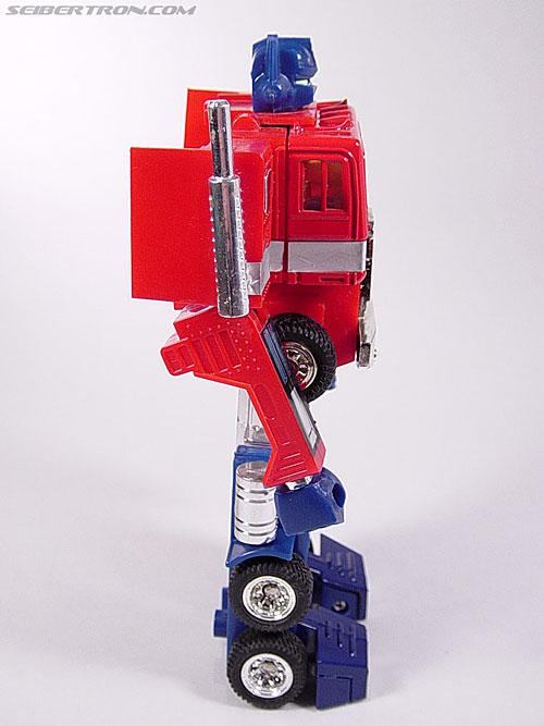 Transformers Generation 2 Optimus Prime (Convoy) (Image #23 of 72)