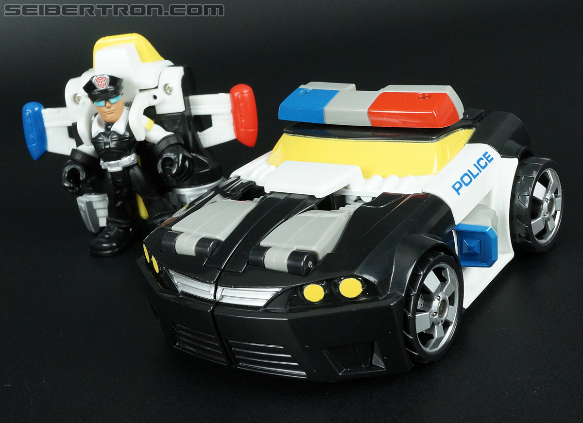 Transformers Rescue Bots Chase the Police-Bot (Image #33 of 97)