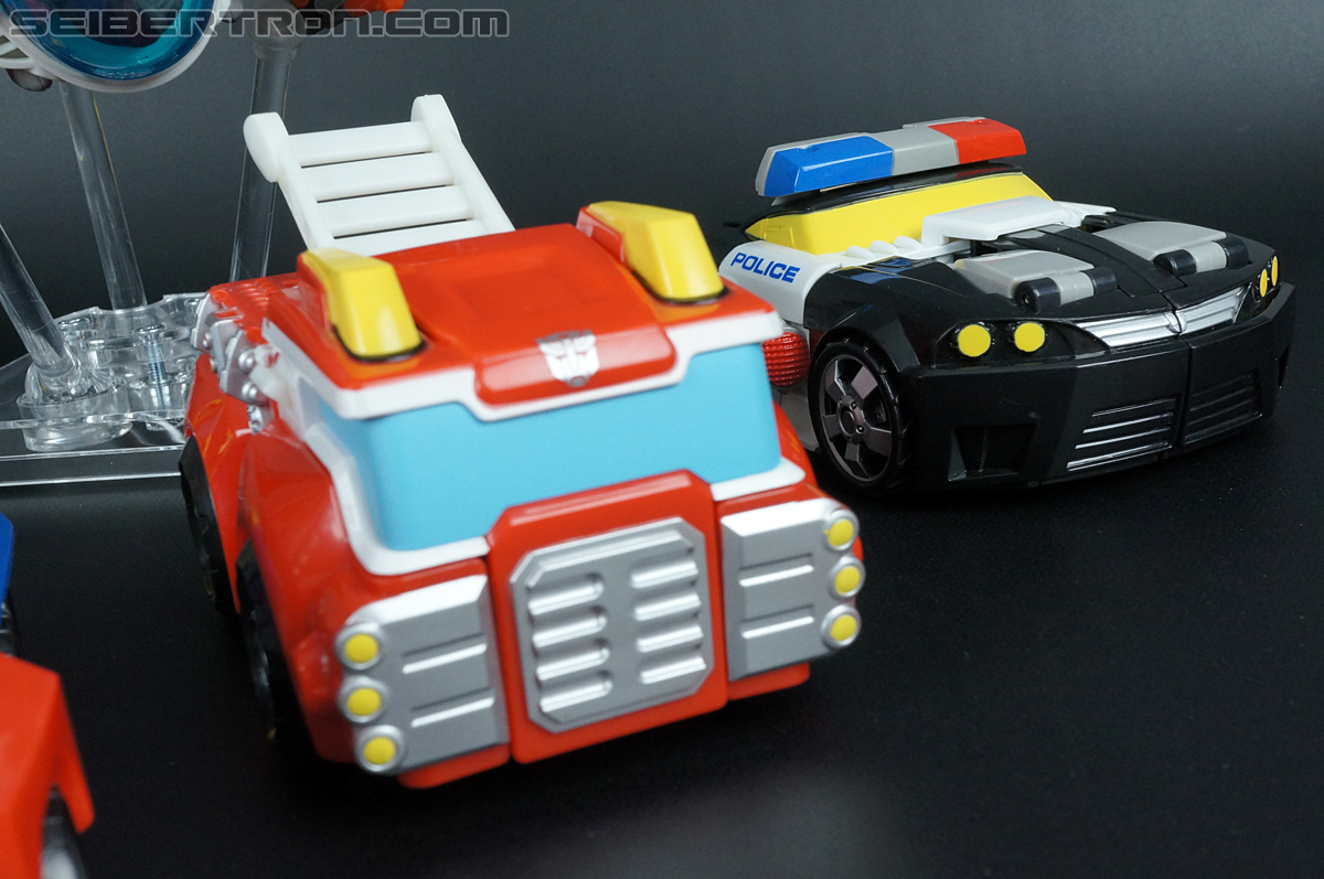 Transformers Rescue Bots Chase the Police-Bot (Image #37 of 97)