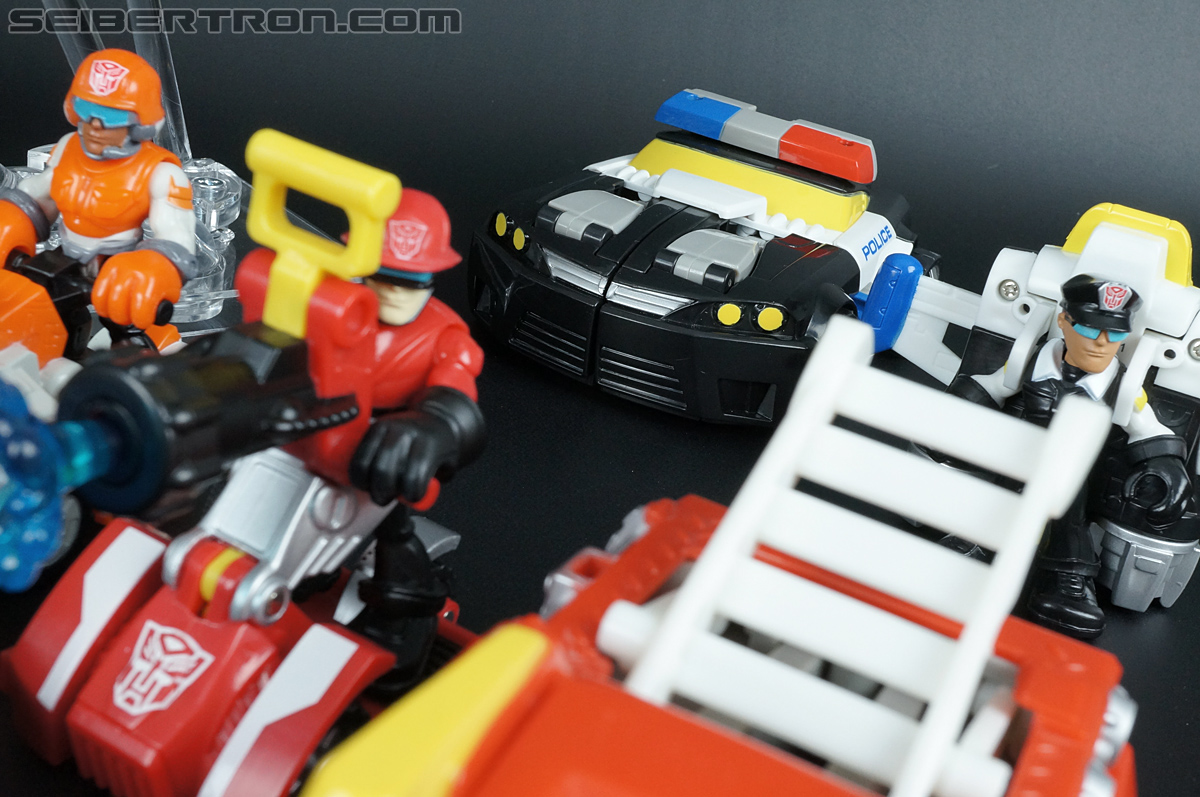 Transformers Rescue Bots Chase the Police-Bot (Image #40 of 97)