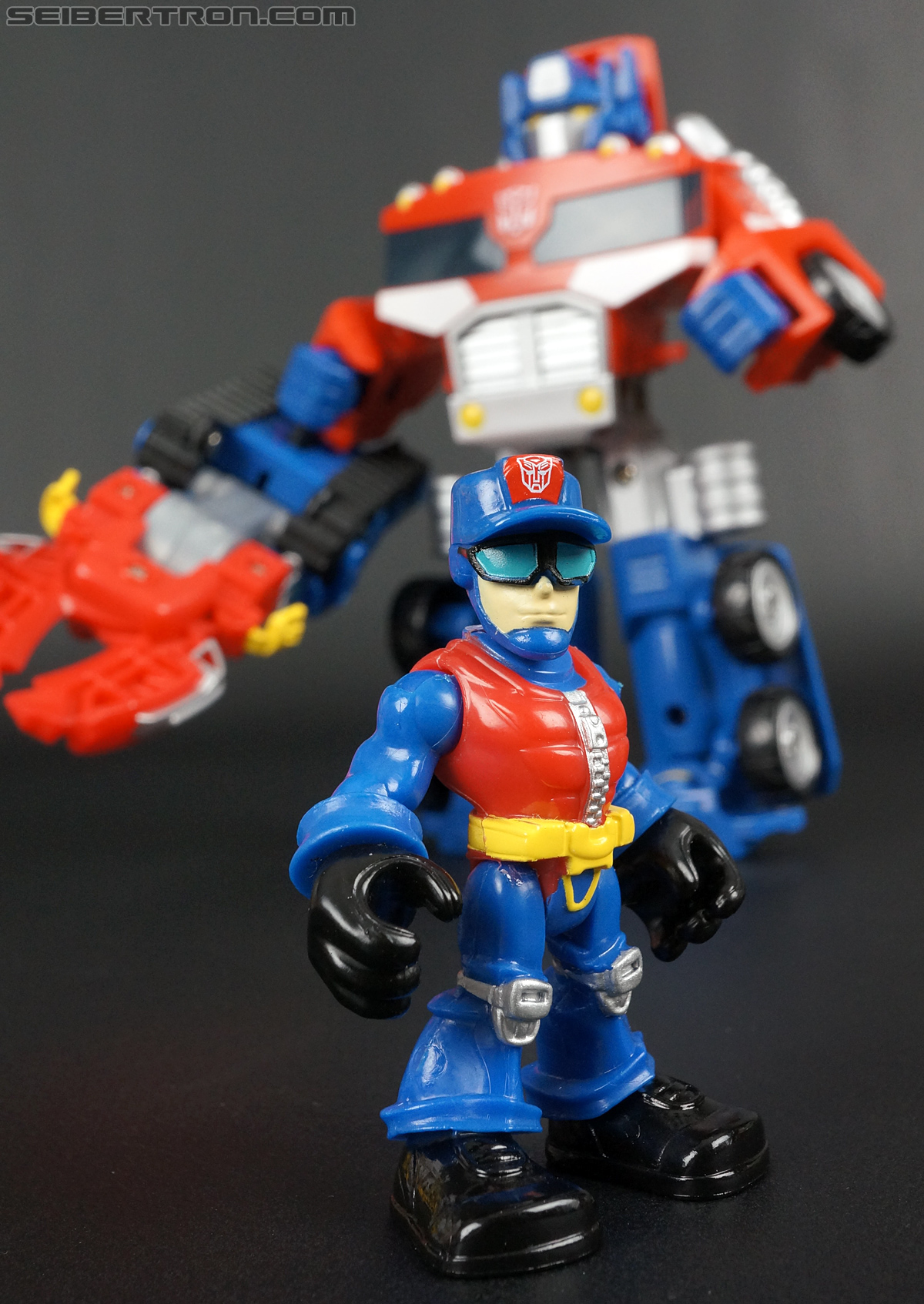 Transformers Rescue Bots Chief Charlie Burns & Rescue Cutter (Image #68 of 79)