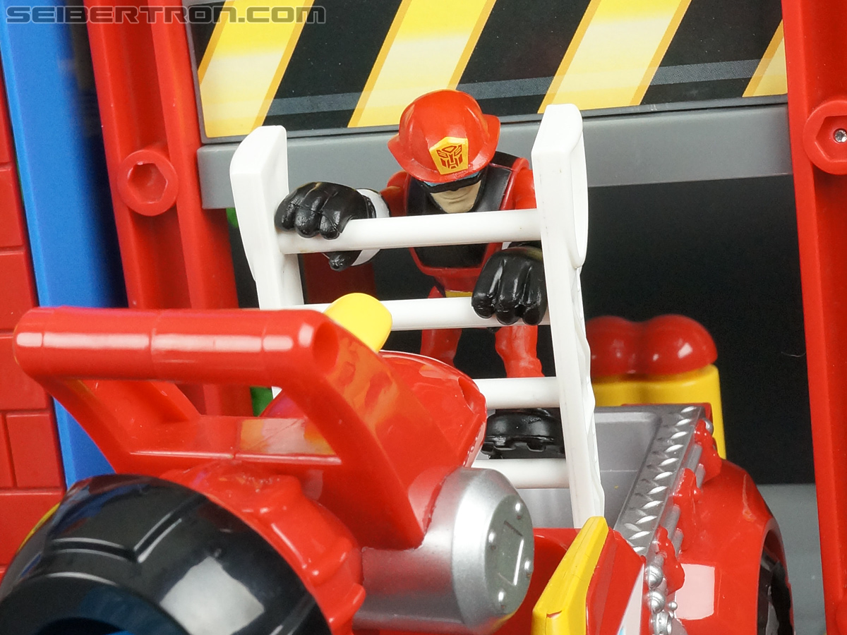 Transformers Rescue Bots Cody Burns (Fire Station Prime) (Image #66 of 66)
