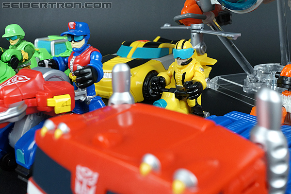 Transformers Rescue Bots Axel Frazier & Microcopter (Image #62 of 77)