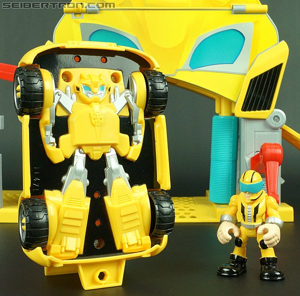 Transformers Rescue Bots Bumblebee (Bumblebee Rescue Garage) (Image #37 of 78)