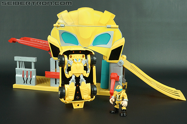Transformers Rescue Bots Bumblebee (Bumblebee Rescue Garage) (Image #58 of 78)