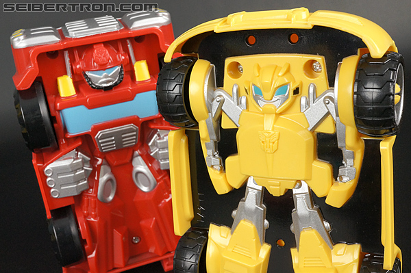 Transformers Rescue Bots Bumblebee (Bumblebee Rescue Garage) (Image #77 of 78)