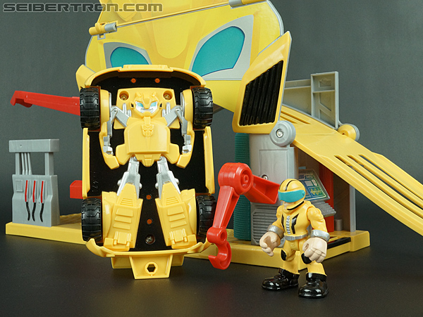 Transformers Rescue Bots Bumblebee Rescue Garage (Image #61 of 80)