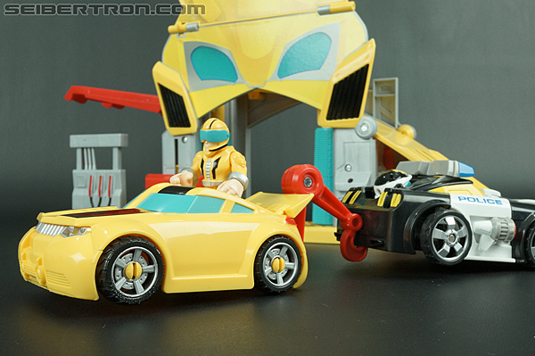 Transformers Rescue Bots Bumblebee Rescue Garage (Image #63 of 80)