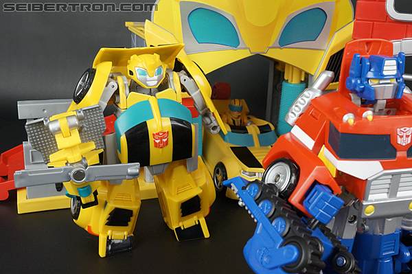Transformers Rescue Bots Bumblebee Rescue Garage (Image #68 of 80)