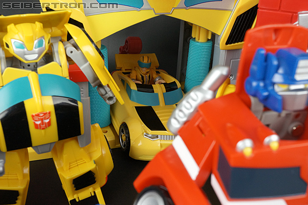 Transformers Rescue Bots Bumblebee Rescue Garage (Image #69 of 80)