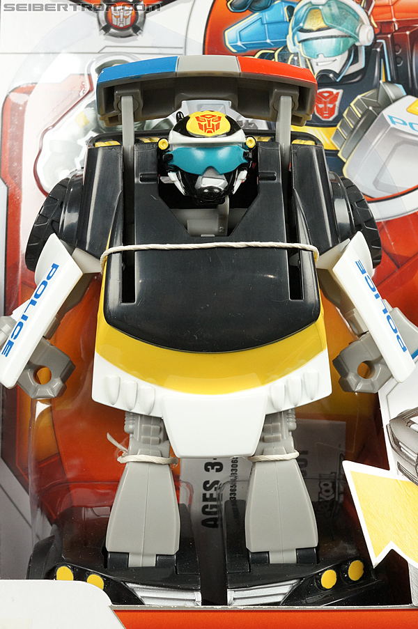 Transformers Rescue Bots Chase the Police-Bot (Image #2 of 97)