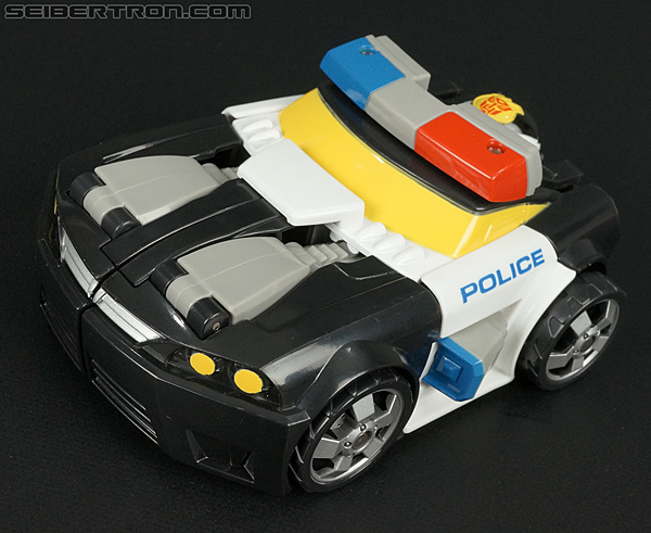 Transformers Rescue Bots Chase the Police-Bot (Image #28 of 97)