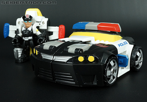 Transformers Rescue Bots Chase the Police-Bot (Image #34 of 97)