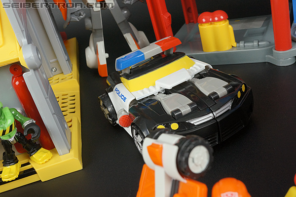 Transformers Rescue Bots Chase the Police-Bot (Image #41 of 97)