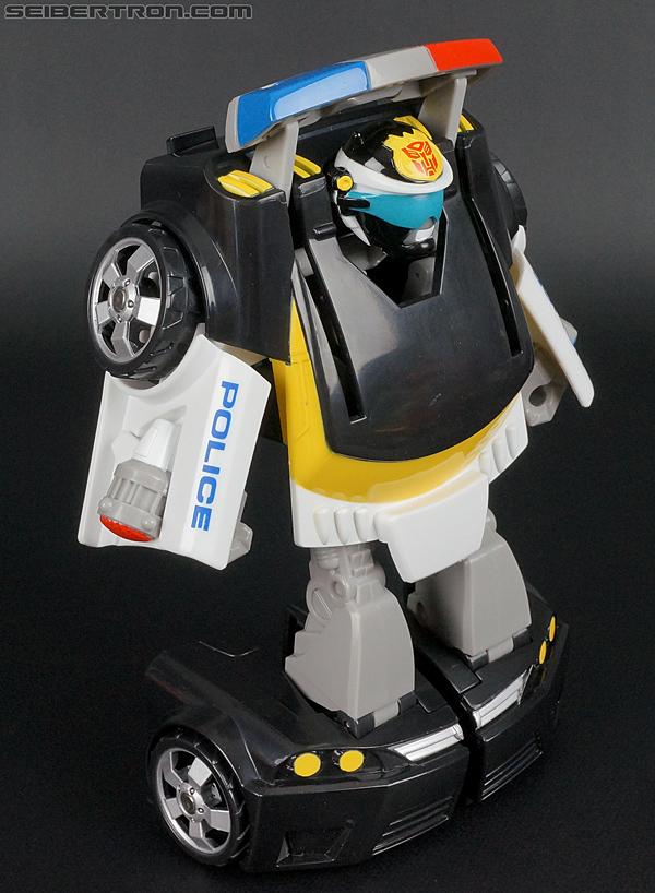 Transformers Rescue Bots Chase the Police-Bot (Image #47 of 97)