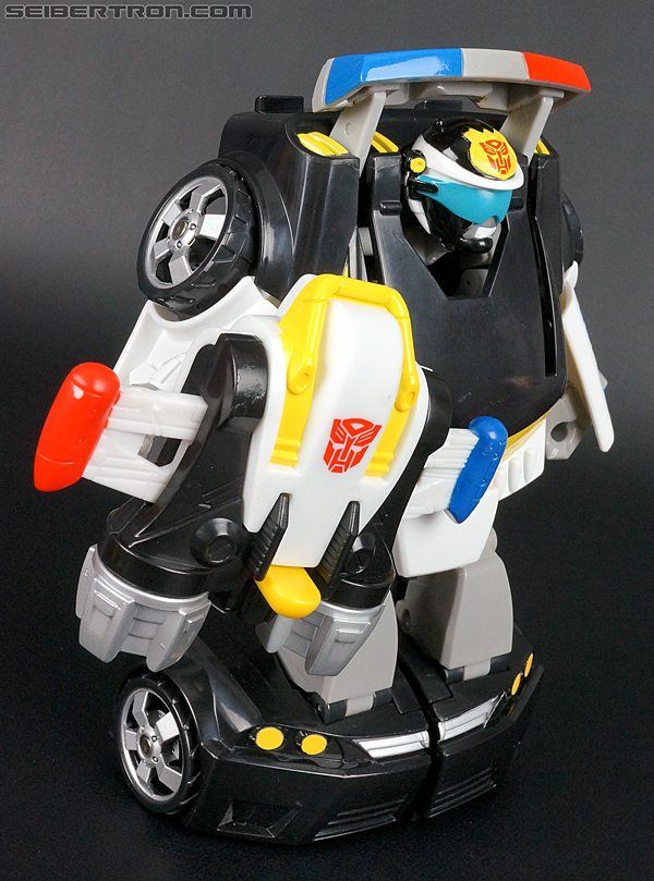 Transformers Rescue Bots Chase the Police-Bot (Image #68 of 97)
