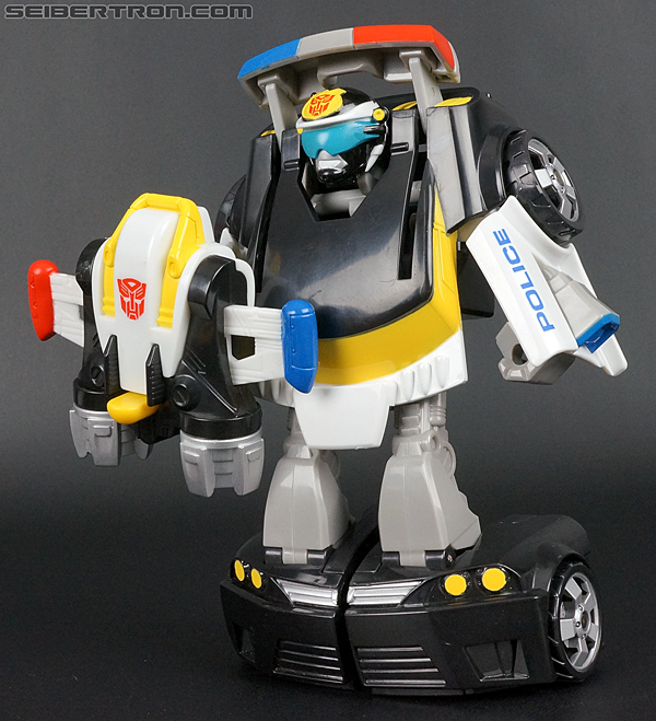 Transformers Rescue Bots Chase the Police-Bot (Image #71 of 97)