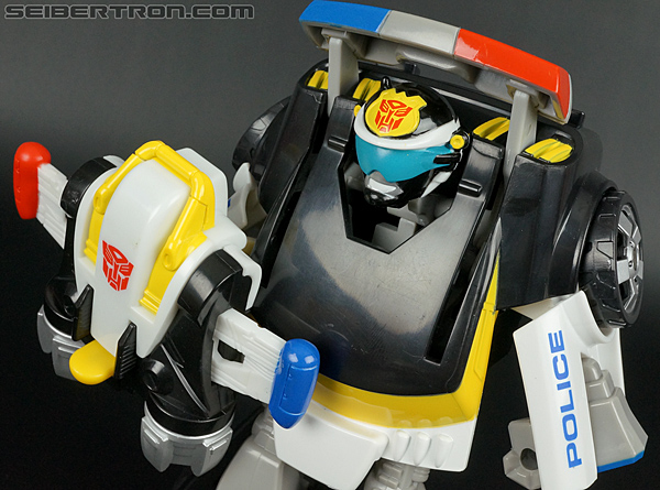 Transformers Rescue Bots Chase the Police-Bot (Image #74 of 97)