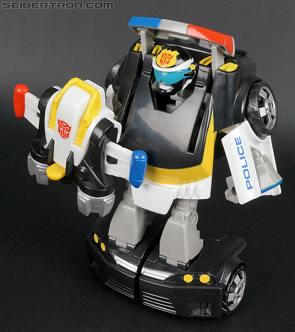 Transformers Rescue Bots Chase the Police-Bot (Image #76 of 97)