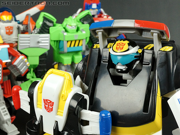 Transformers Rescue Bots Chase the Police-Bot (Image #87 of 97)
