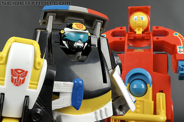 Transformers Rescue Bots Chase the Police-Bot (Image #91 of 97)