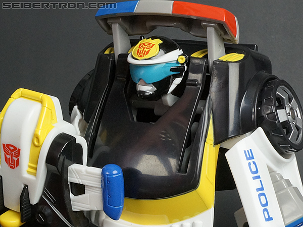 Transformers Rescue Bots Chase the Police-Bot (Image #94 of 97)