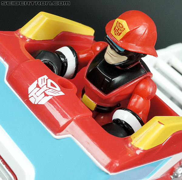 Transformers Rescue Bots Cody Burns (Fire Station Prime) (Image #28 of 66)