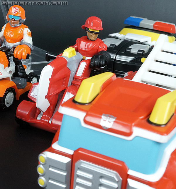 Transformers Rescue Bots Cody Burns & Rescue Axe (Image #60 of 68)