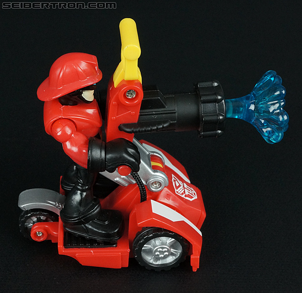 Transformers Rescue Bots Cody Burns & Rescue Hose (Image #21 of 77)